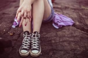 converse-all-star-fashion-girl-1581-525x350