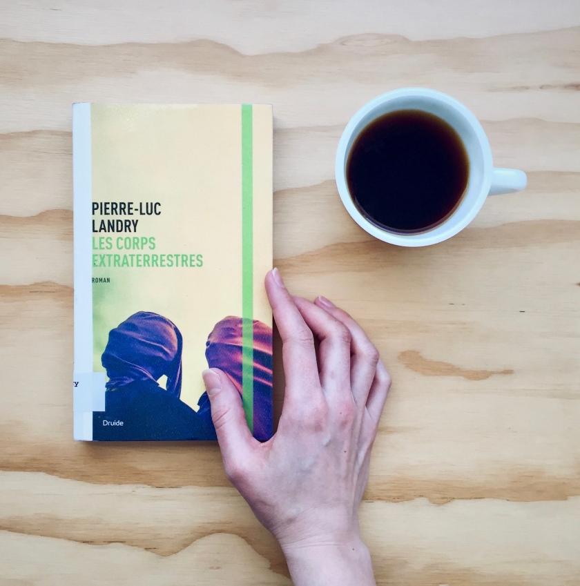Les corps extraterrestres, Pierre-Luc Landry, roman, Éditions Druide, littérature, lecture, livres, Le fil rouge, Le fil rouge lit