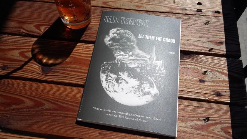#lefilrouge #lefilrougelit #bibliothérapie #leslivresquifontdubien #livres # poésie #poésieanglaise #katetempest #Londres #letthemeatchaos