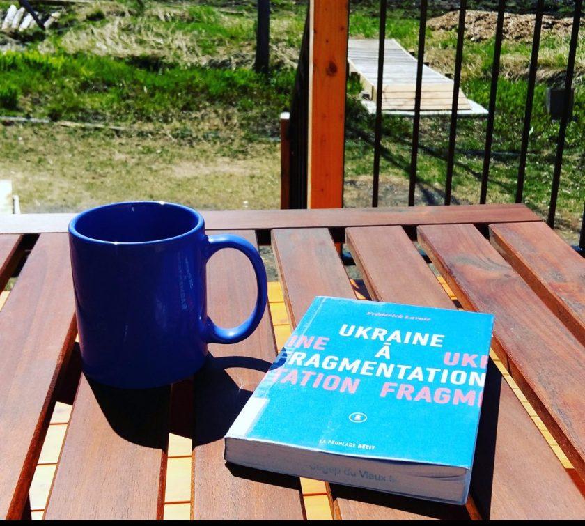#lefilrouge #lefilrougelit #bibliothérapie #lecture #livres #Ukraine #guerre #LaPeuplade #récit #récitdeguerre