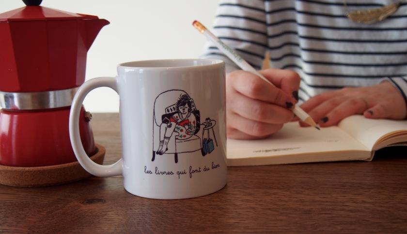 création, le fil rouge lit, création littéraire, écriture, bibliothérapie, les livres qui font du bien,