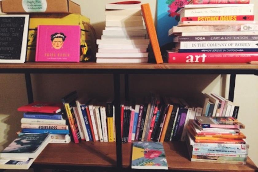 lire, lecture, le fil rouge lit, plaisirs coupable, bibliothérapie, les livres qui dont du bien, prendre le temps de lire,