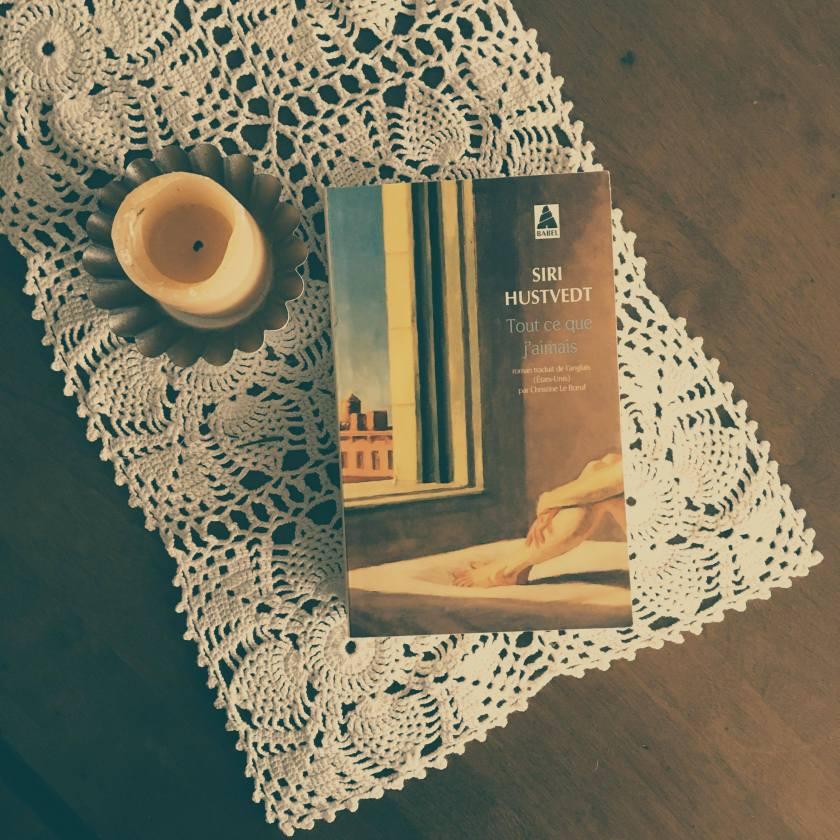 Le fil rouge, Le fil rouge lit, bibliothérapie, littérature, livres, les livres qui font du bien, lecture, Tout ce que j'aimais, Siri Hustvedt, Éditions Babel, Littérature étrangère, littérature américaine, Art, inspiration