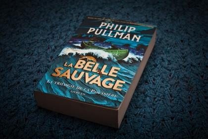 La Belle Sauvage, Philip Pullman, La trilogie de la Poussière, Gallimard, Lefilrougelit, Lefilrouge