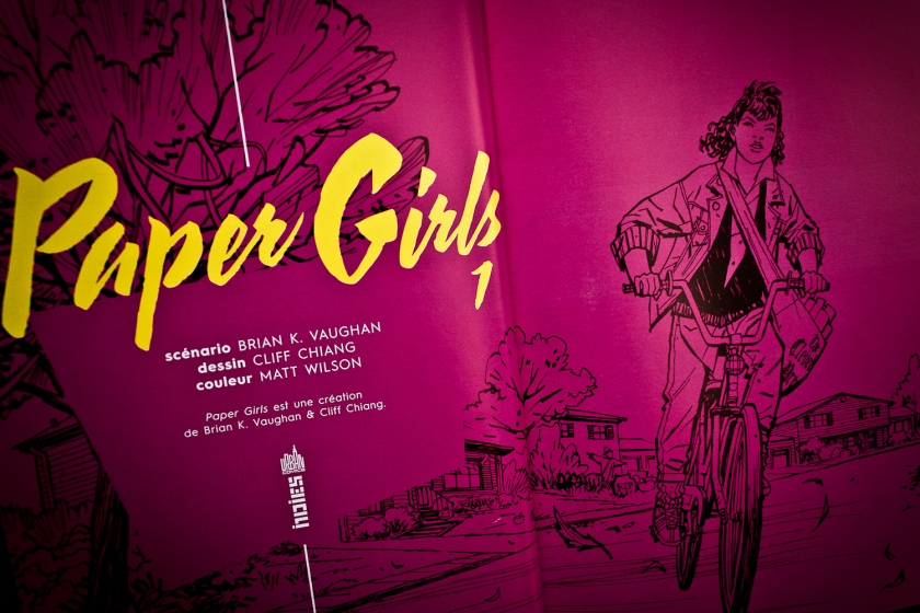 Paper Girls, Bande dessinée, Brian K. Vaughan, Cliff Chiang, Matt Wilson, Le Fil rouge lit, Le Fil rouge, Littérature, Lecture, Science-Fiction, Féminisme