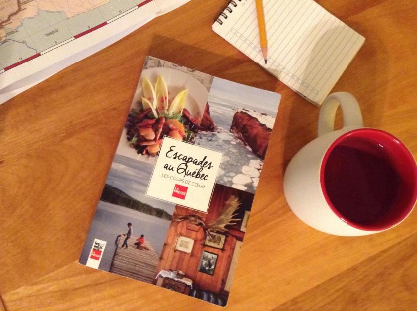 Escapades au Québec, éditions La presse, voyage, voyage au Québec, planifier un voyage, guide de voyage, le fil rouge, le fil rouge lit, bibliothérapie, littérature, lecture, livres, les livres qui font du bien,essais,