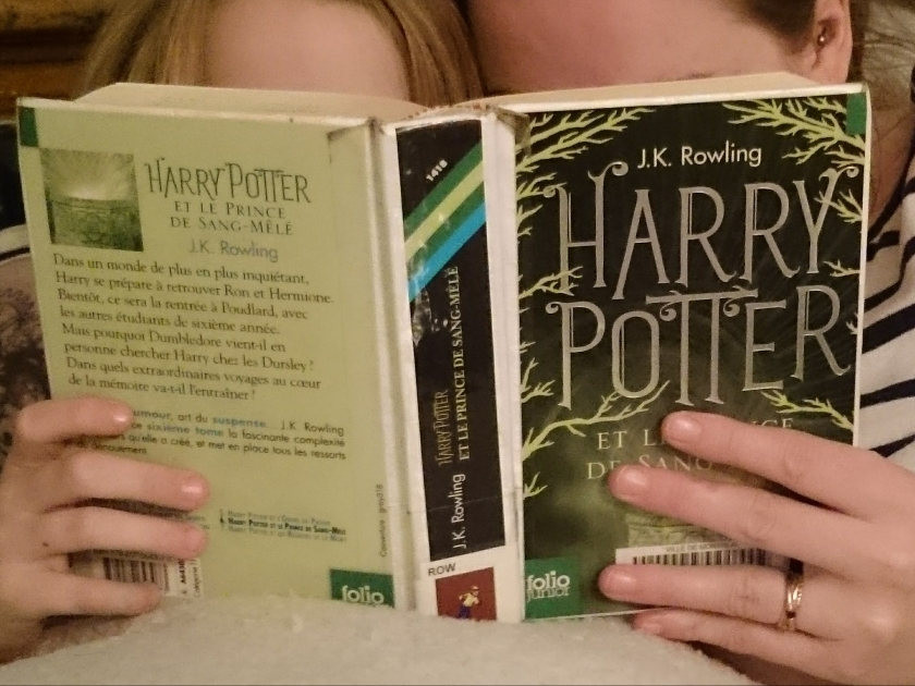 le fil rouge, le fil rouge lit, littérature, livres, les livres qui font du bien, bibliothérapie, Harry Potter, Harry Potter l'intégrale, J.K Rowling, lecture du soir