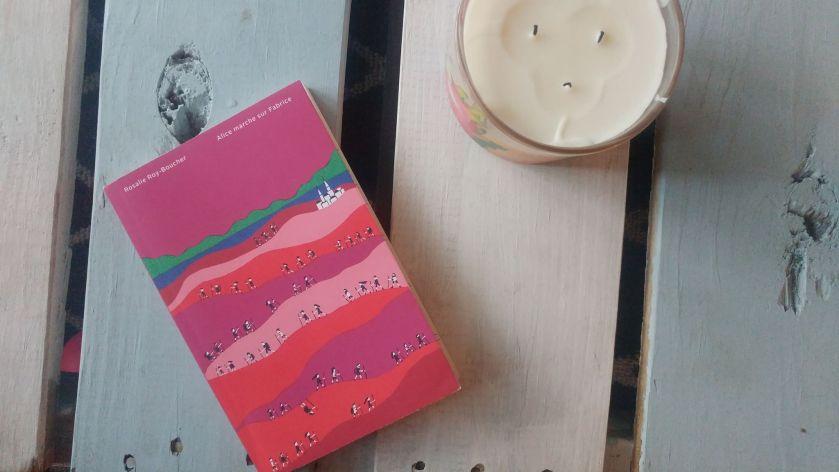 Alice marche sur Fabrice, Rosalie Roy-Boucher, Compostelle, Littérature québécoise, Littérature, Lire, Livre, Bibliothérapie, Les éditions de ta mère, Résilience, Espoir, Avenir, Peine d'amour, Le Fil Rouge, Le Fil Rouge lit