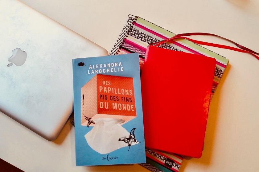 Le fil rouge, le fil rouge lit, #lefilrouge, #lefilrougelit, Livres, bibliothérapie, littérature, Alexandra Larochelle, Des papillons pis des fins du monde, Libre expression, roman, humour, trilogie, littérature québécoise,