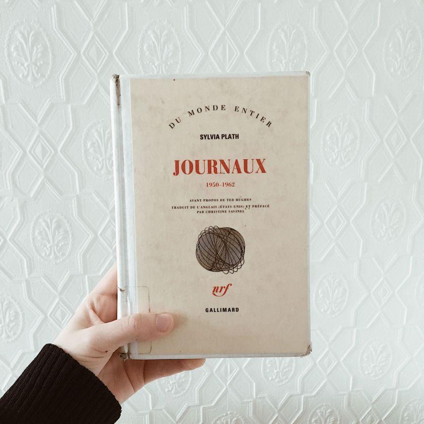 le fil rouge, le fil rouge lit, bibliothérapie, littérature, lecture, les livres qui font du bien, Sylvia Plath, Journal intime, Gallimard, littérature étrangère, littérature américaine