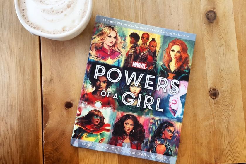 Le fil rouge, le fil rouge lit, bibliothérapie, littérature, lecture, livres, les livres qui font du bien, Powers of a girl, Lorraine Cink, Alice X. Zhang, Marvel comics, héroïnes, super pouvoirs, modèles féminins